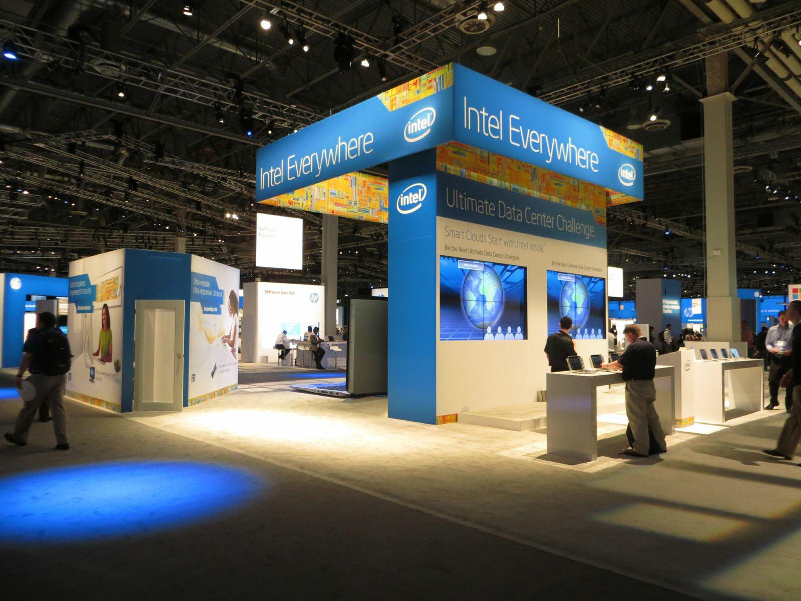 Intel_HP_Discover_Booth_2_o.jpg