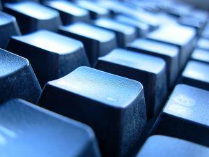 keyboard-2-482675-m.jpg