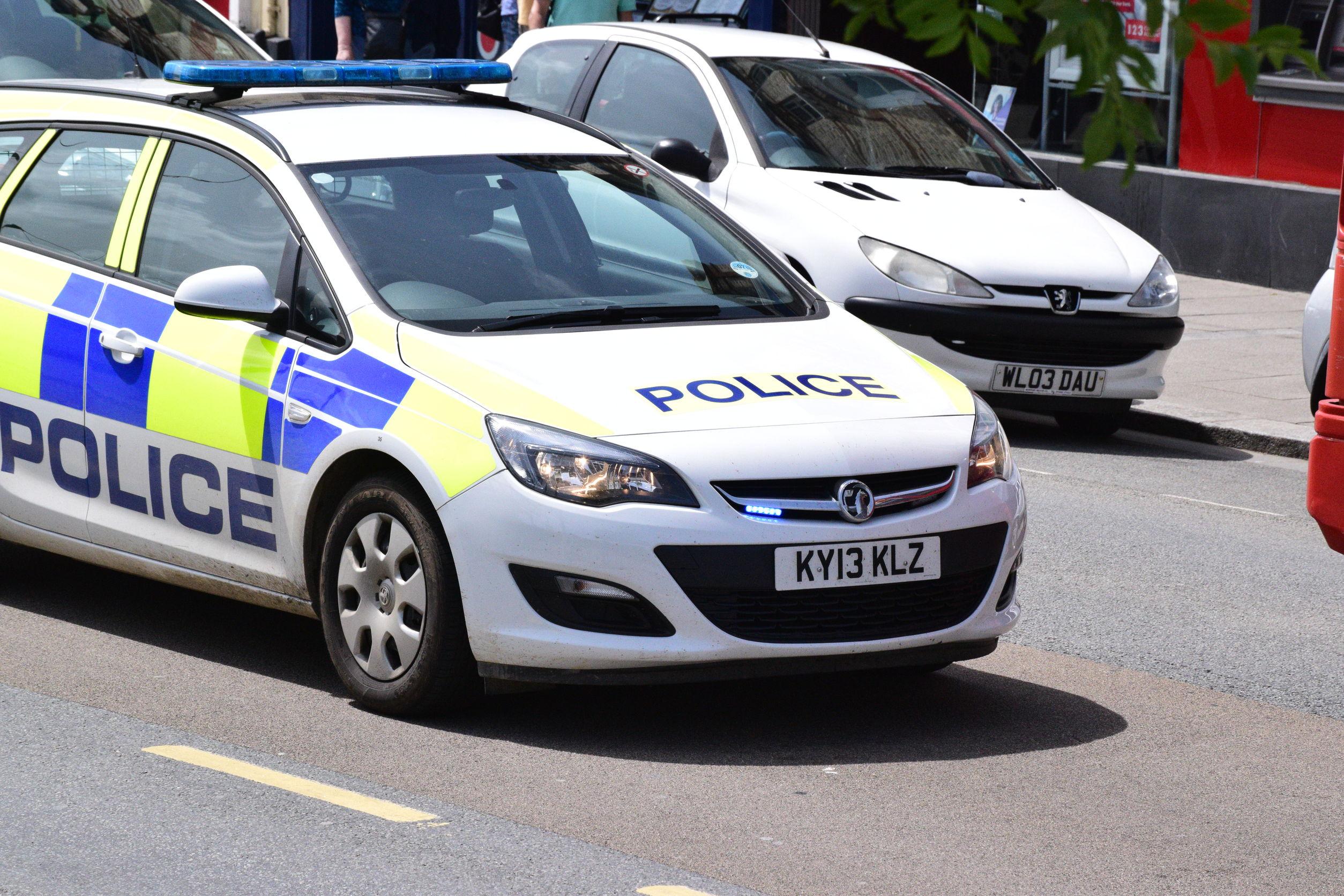 police-car-in-england.jpg