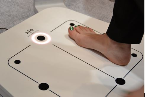 A 3D foot scanner using Intel RealSense in use at NRF16.