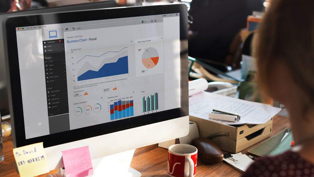 big data analytics charts on a montior