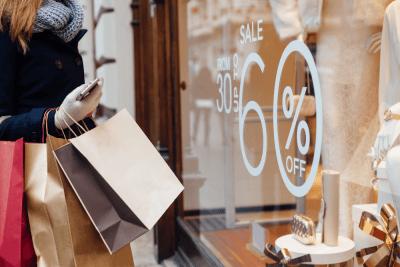 customer shopping retail discounts loyalty programs