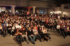 EPS Deutschland - Season 16 - Alles voll – Die Zuschauer warten auf die Begegnungen