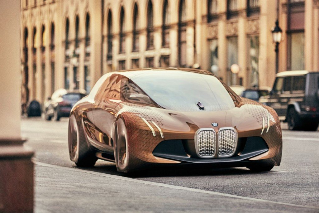 p90217630_highres_bmw-vision-next-100-1024×6831-1