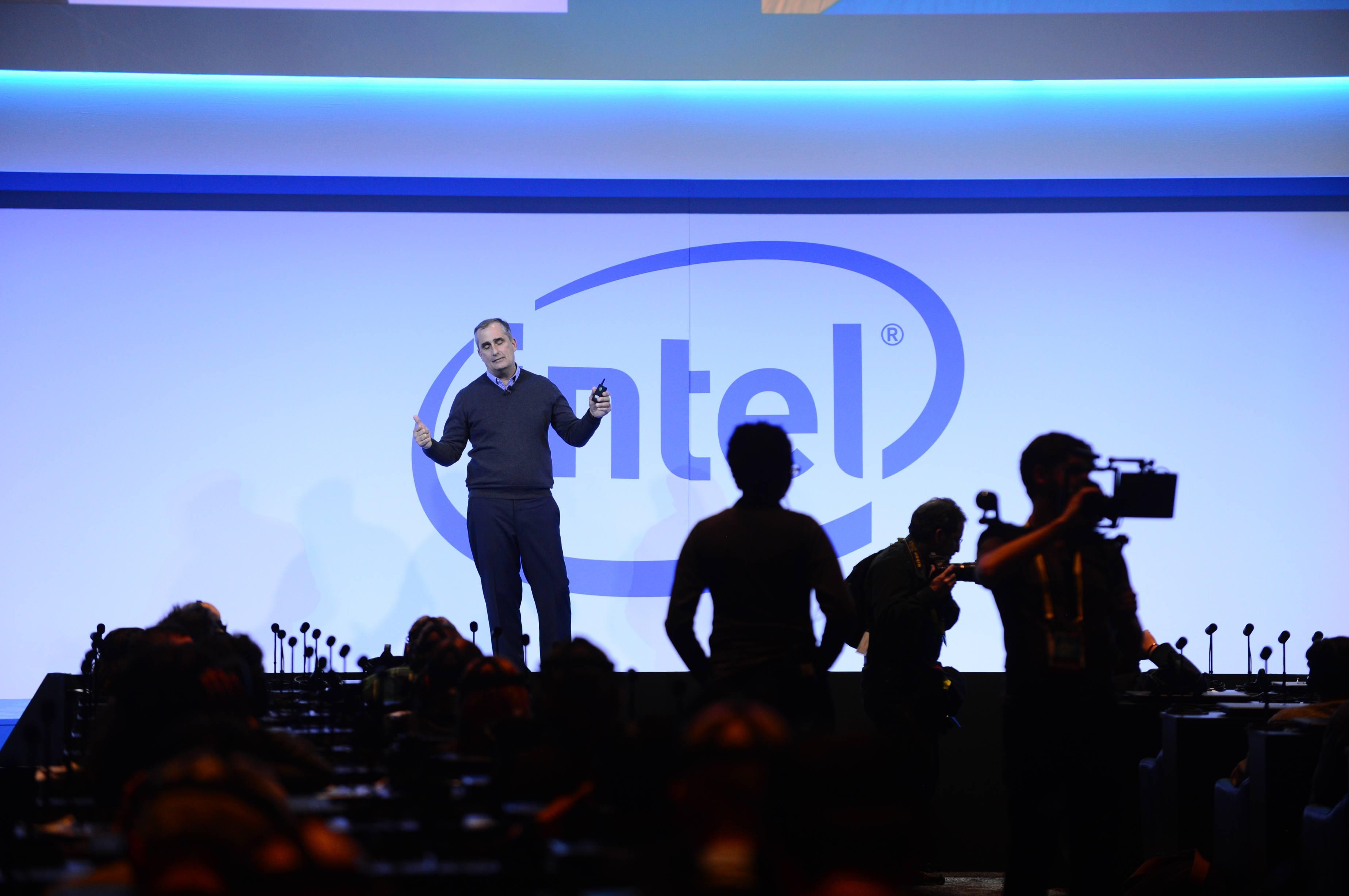 Intel-News-2017CES-12