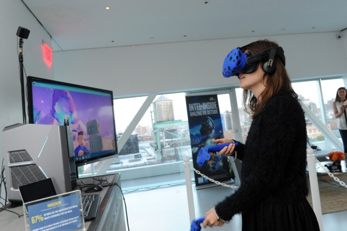 Intel-VR-Showcase-NYC-5s-690x460_c