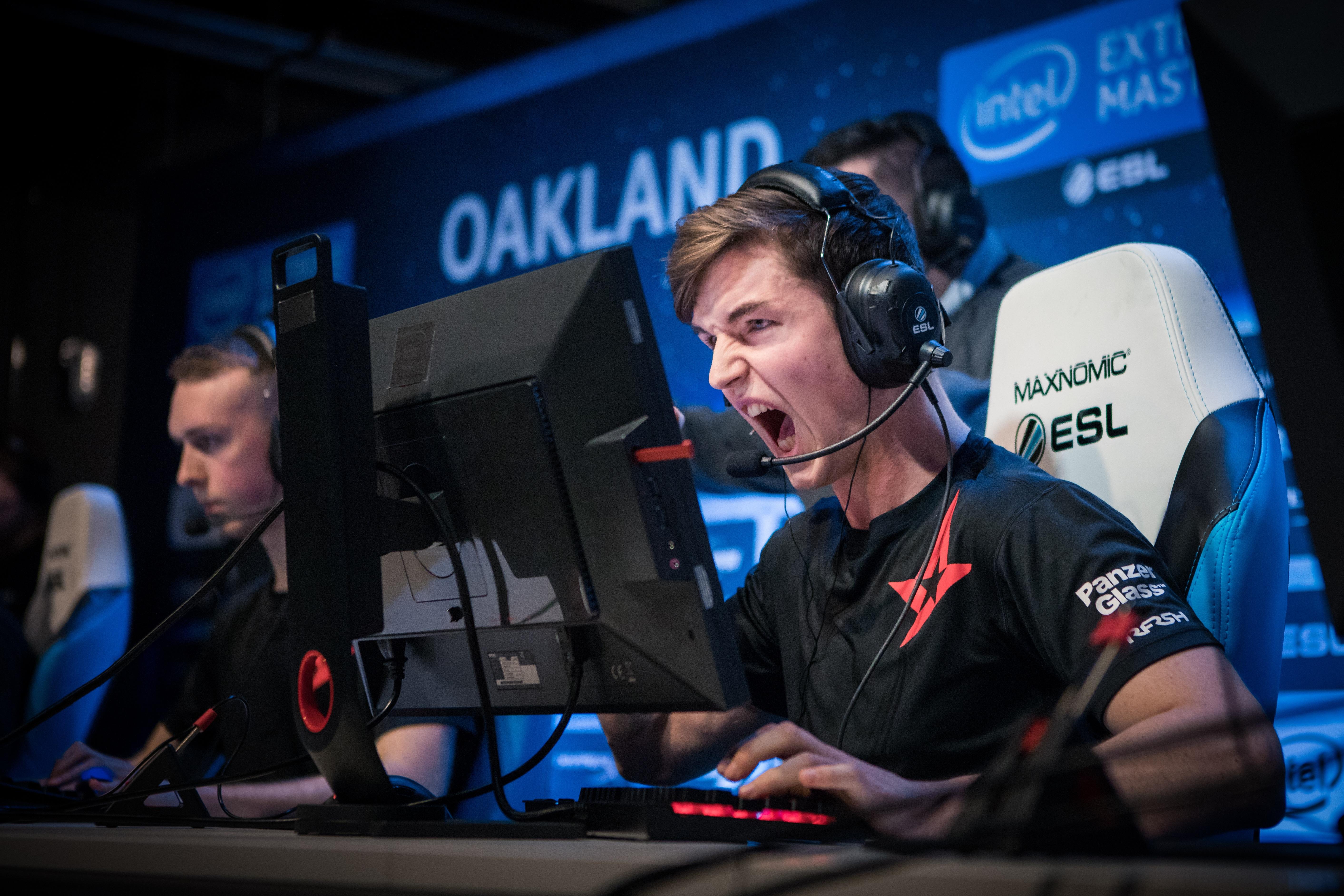 ESL-Intel-Extreme-Masters-2017-Oakland-6