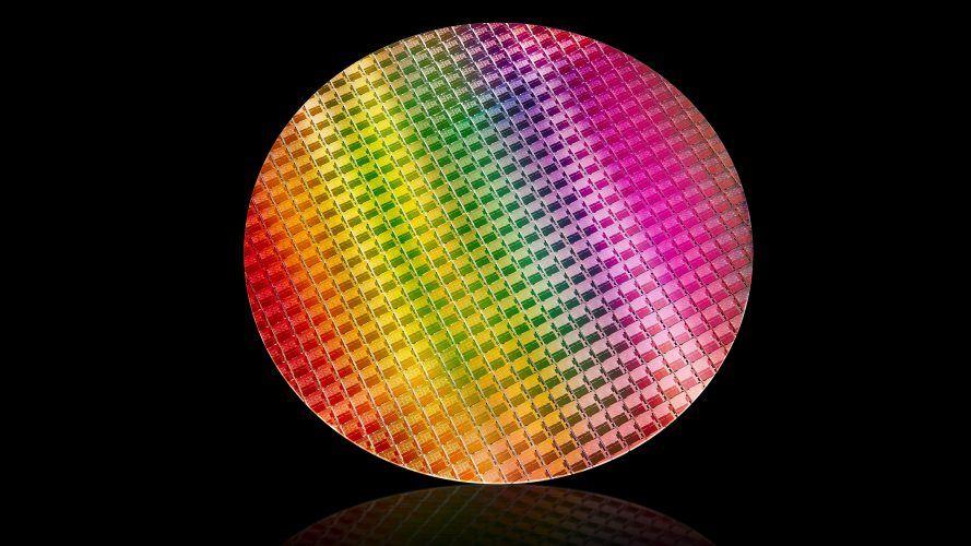 Intel-10th-Gen-Wafer-1