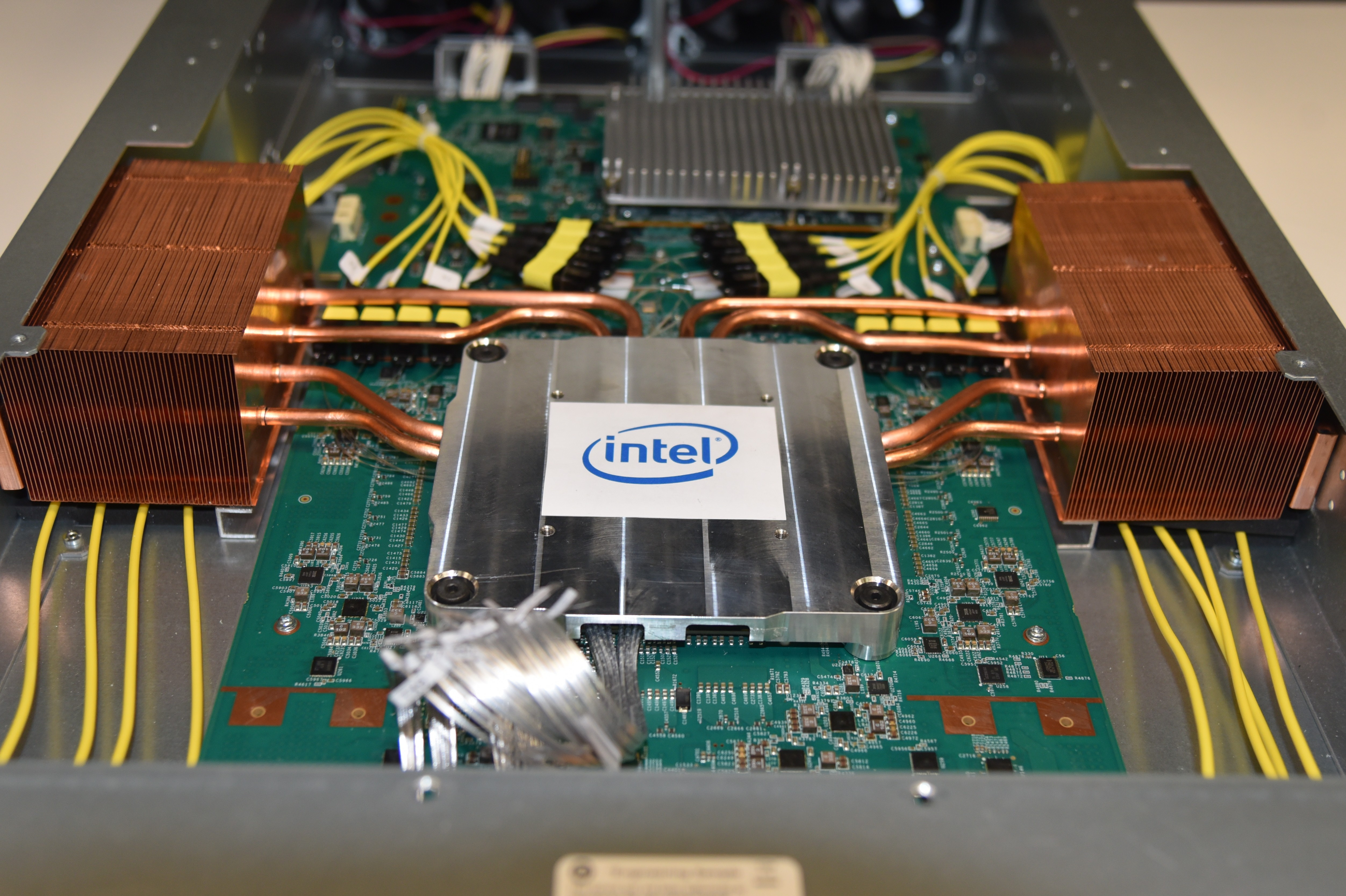 Intel-Co-Packaged-Optics-Ethernet-Switch-3