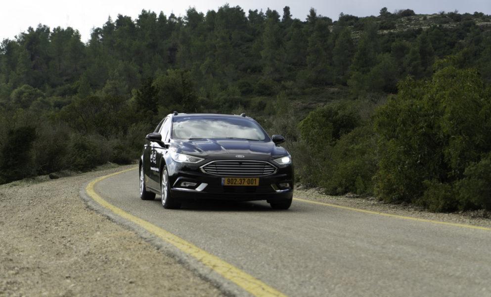 Mobileye-autonomous-car-10