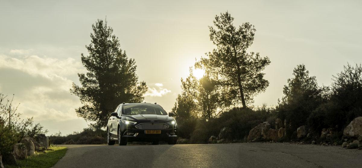 Mobileye-autonomous-car-11