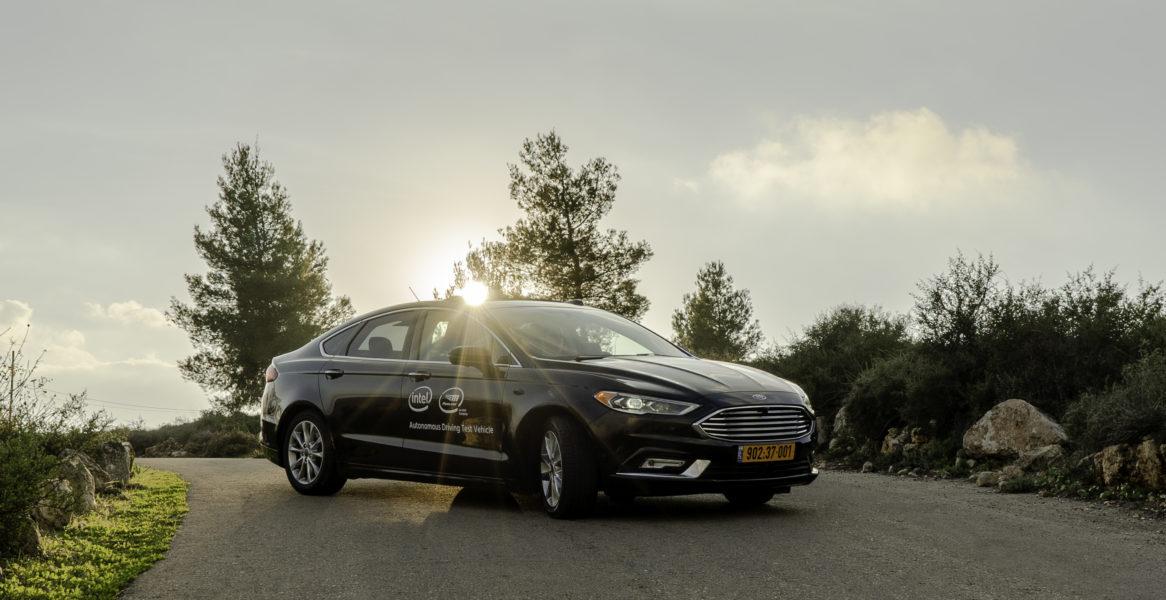 Mobileye-autonomous-car-12