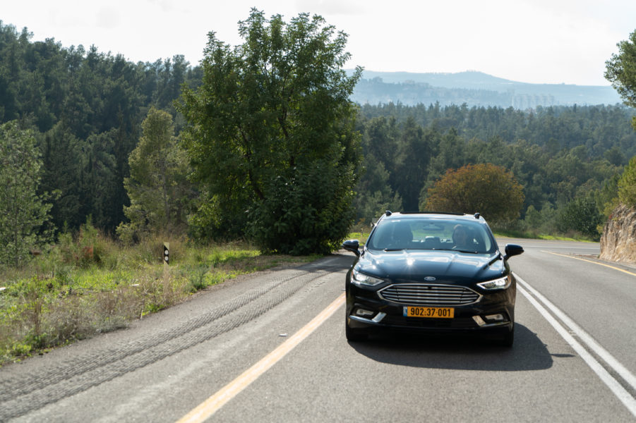 Mobileye-autonomous-car-5