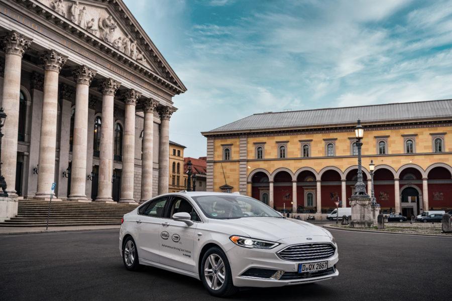 Press Release AV Testing Germany – AV Test Vehicle in Munich_2_print
