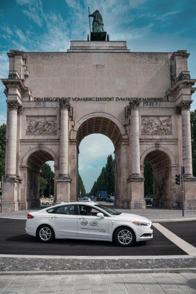 Press Release AV Testing Germany – AV Test Vehicle in Munich_3_print