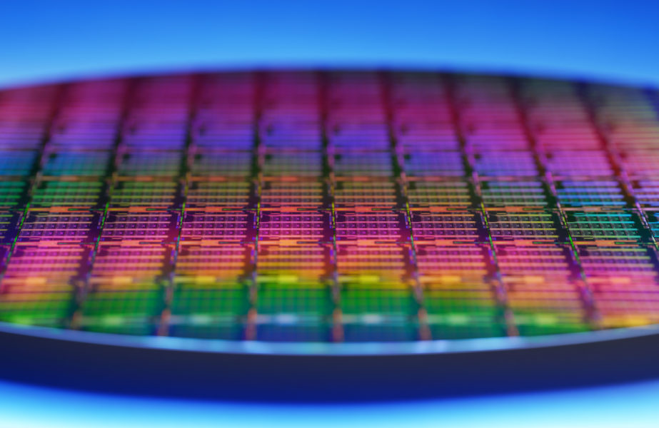 Intel-3rd-Gen-Xeon-Scalable-Wafer-3