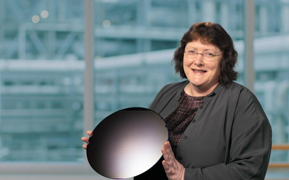 Intel-Accelerated-Ann-Kelleher-1