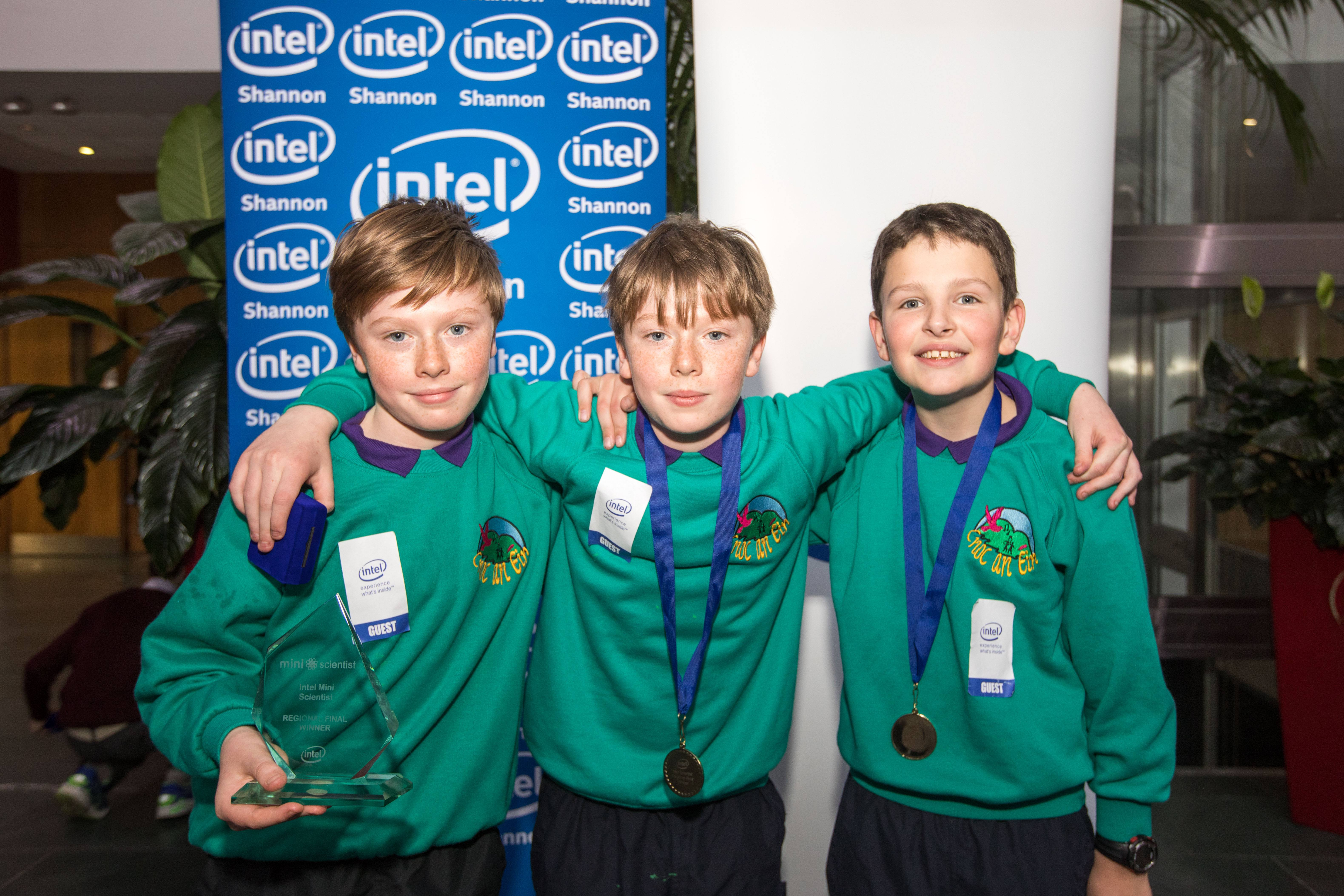 intel-snn-mini-scientist-100