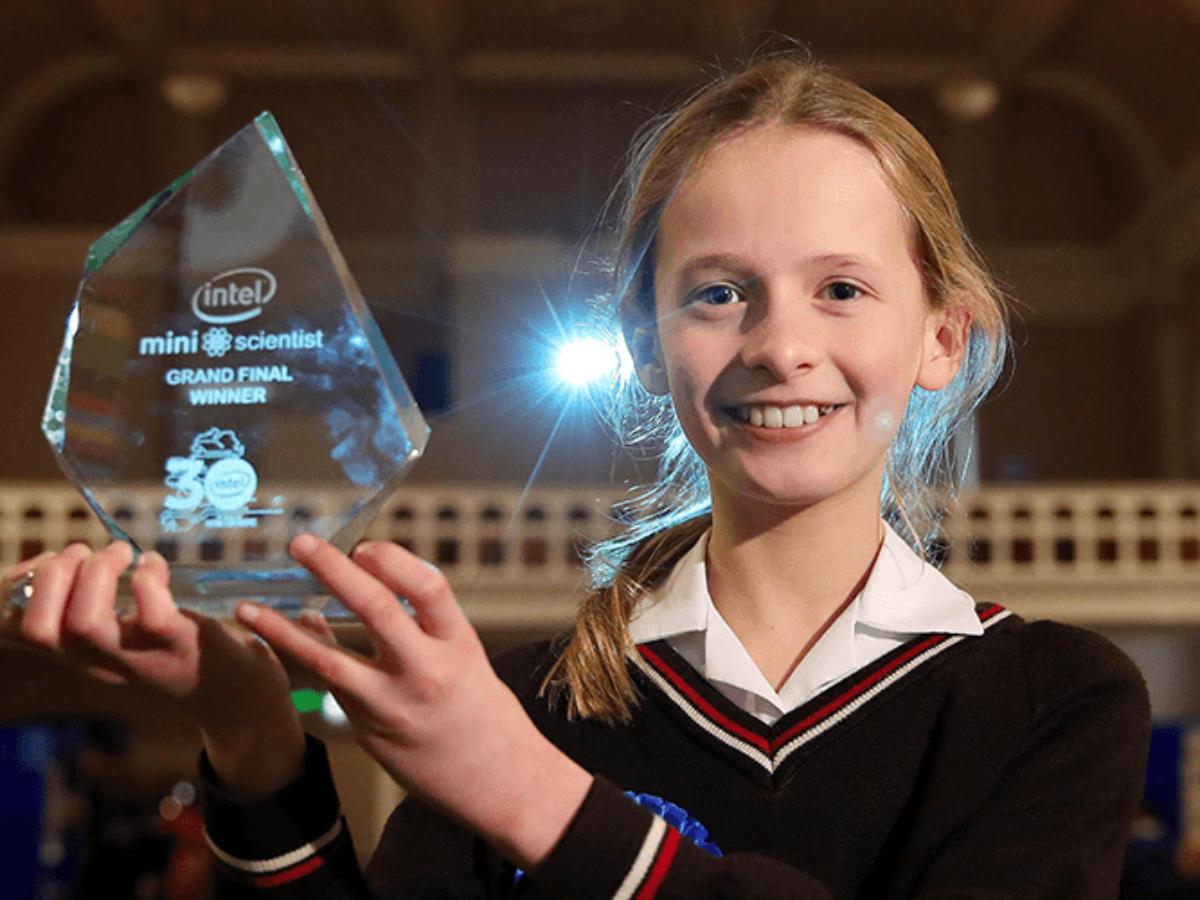 Mini Scientist winner 2020 2×1