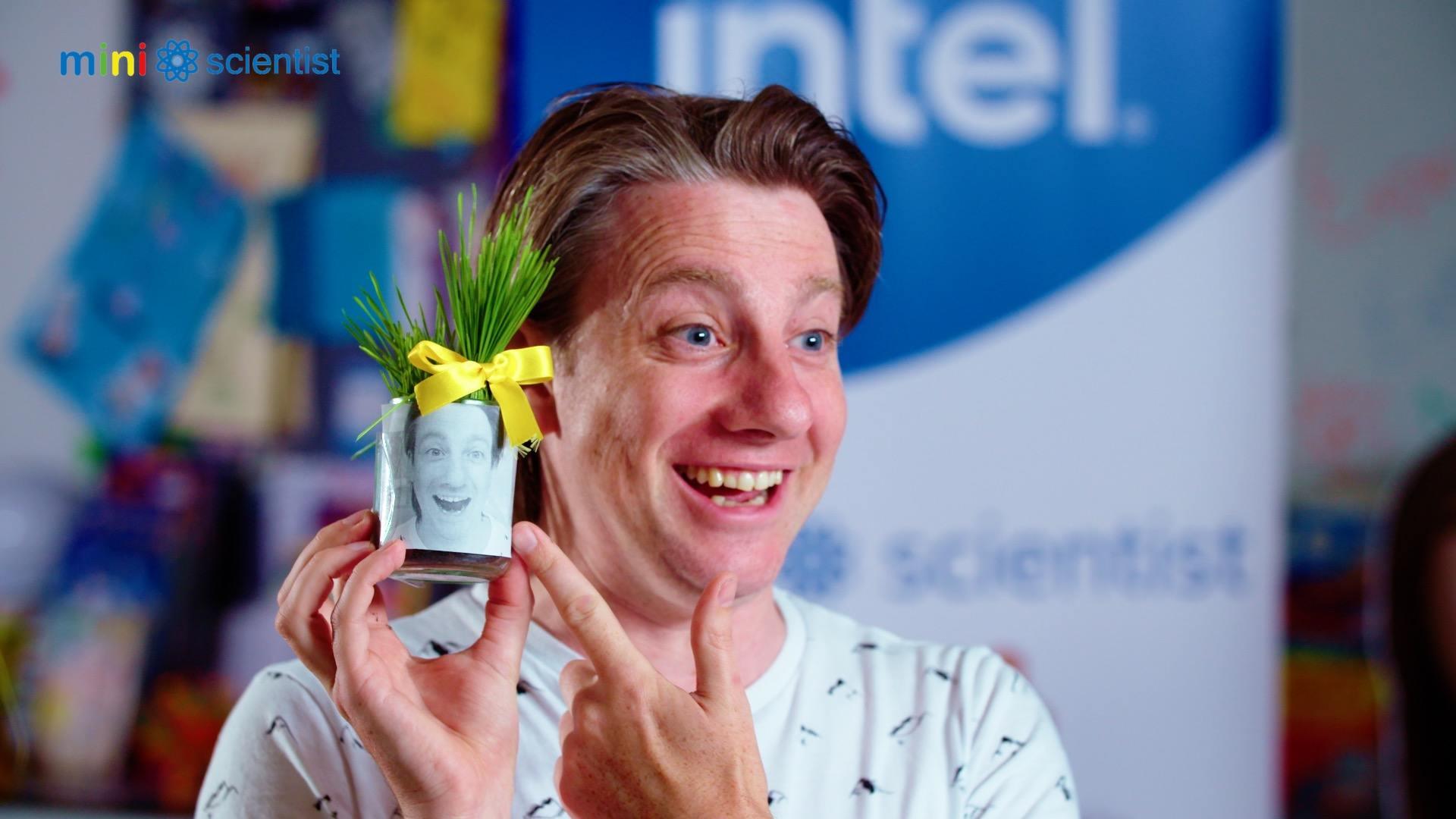 Intel Mini Scientist Wheatgrass