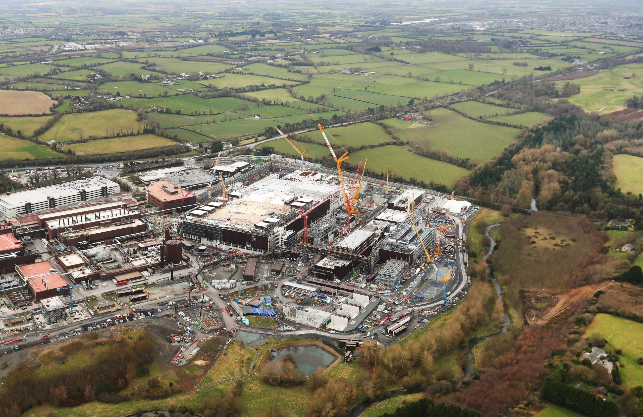 Intel Ireland construction (1)