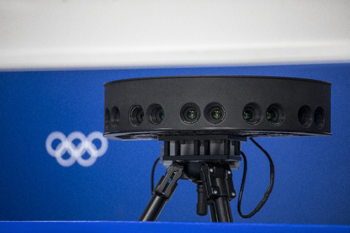 Intel True VR uses panoramic stereoscopic camera pods, which gen