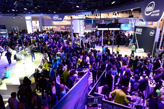 intel-booth-ces2017-4s-690x460_c