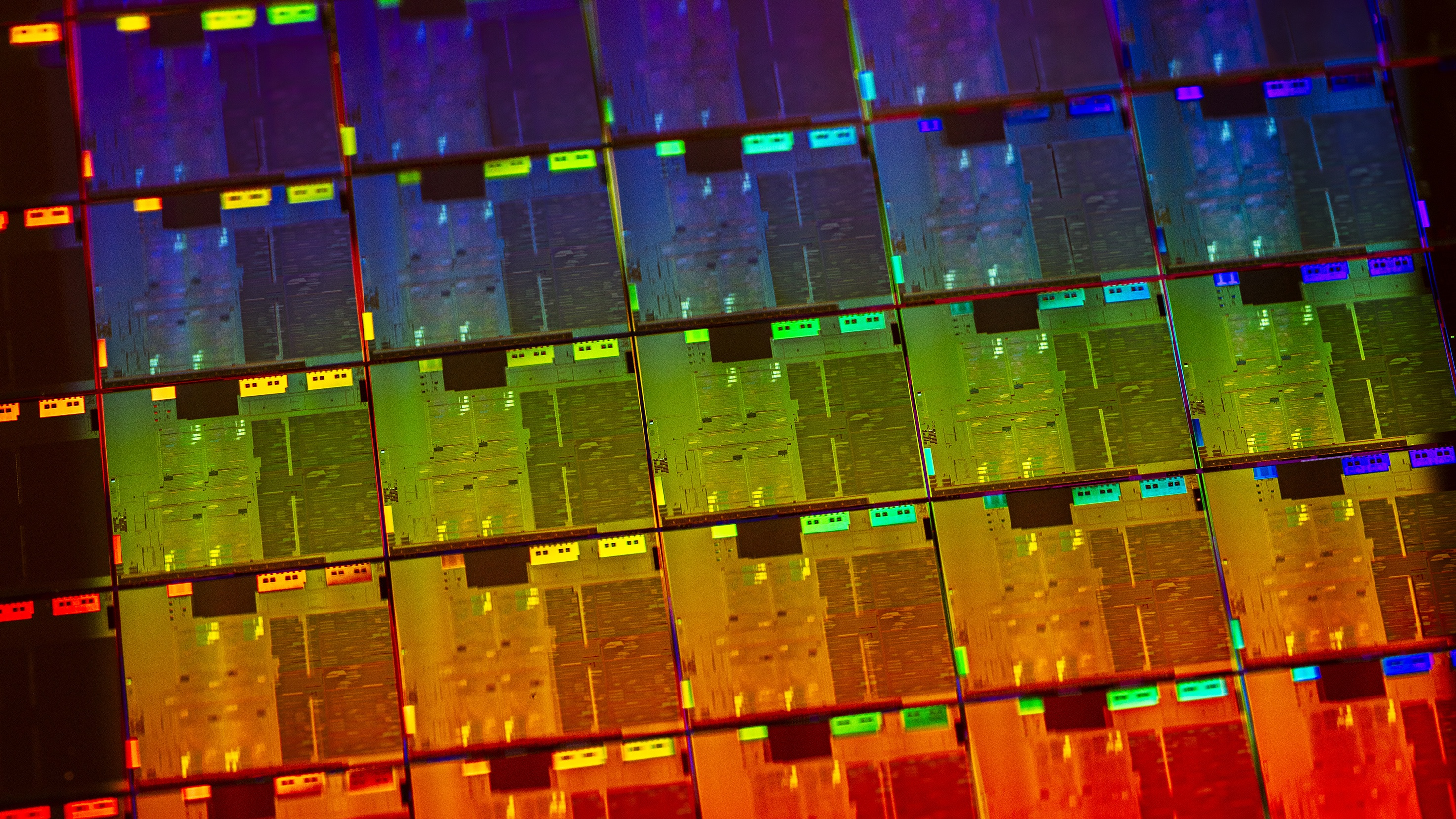 Intel-10th-Gen-Wafer-2