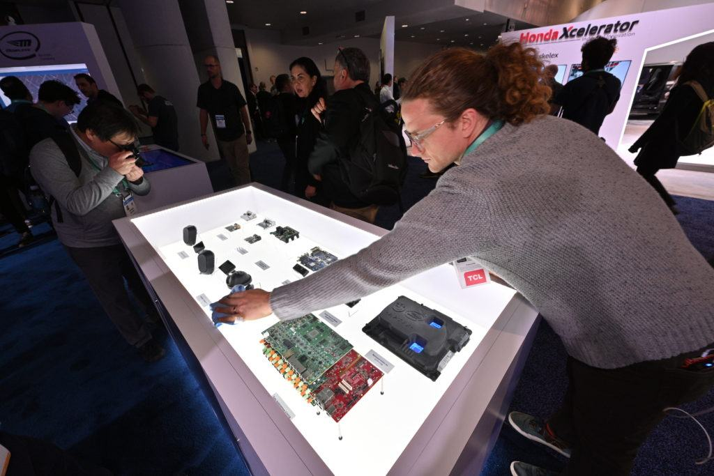 Mobileye-2020-CES-Booth-7