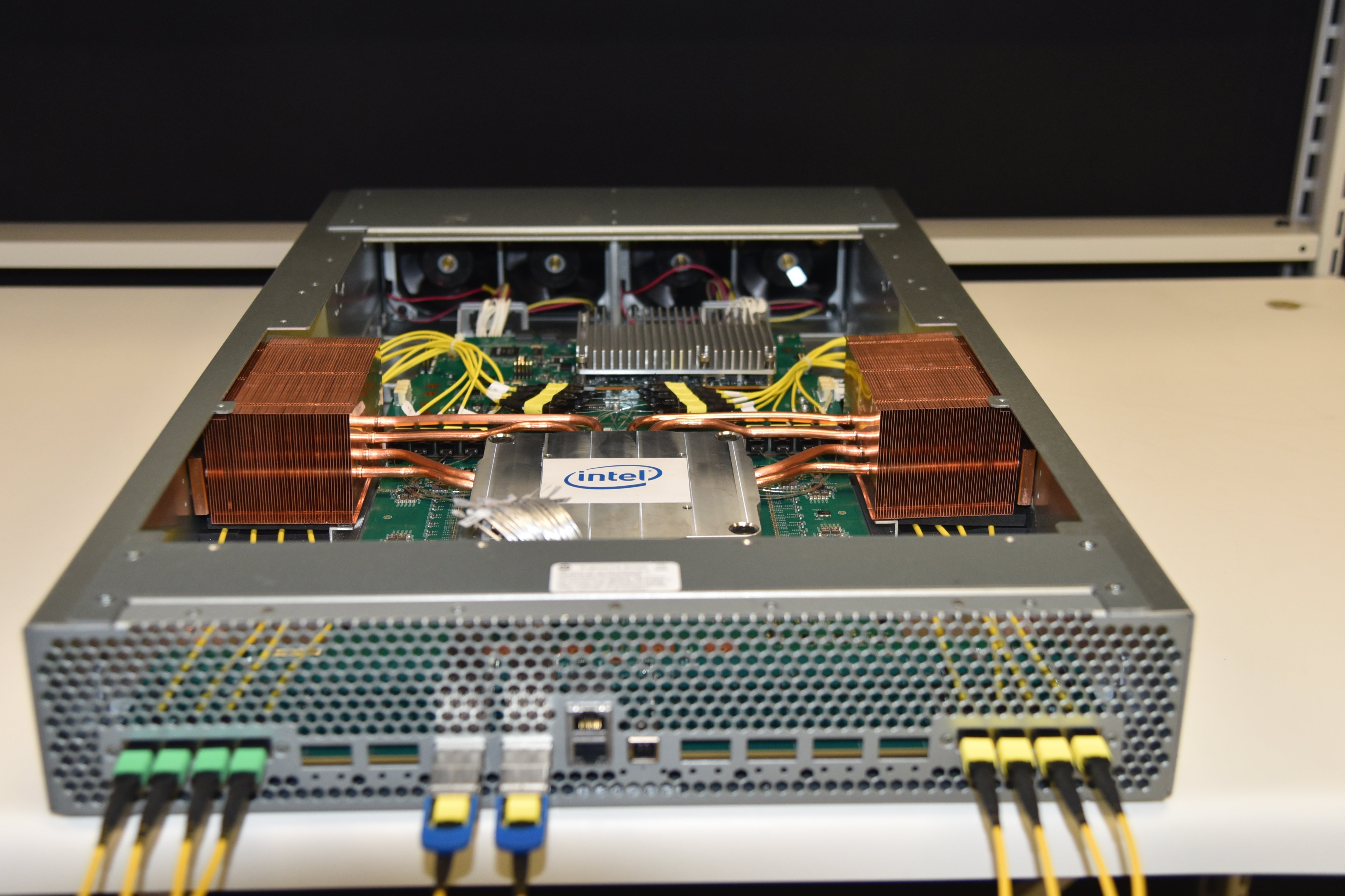 Intel-Co-Packaged-Optics-Ethernet-Switch-2