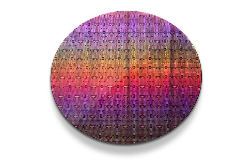 Intel(R) Xeon Phi(TM) Wafer