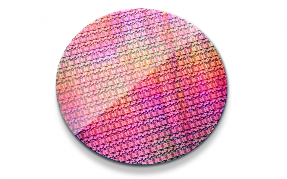 intel-xeon-processor-d-1500-wafer