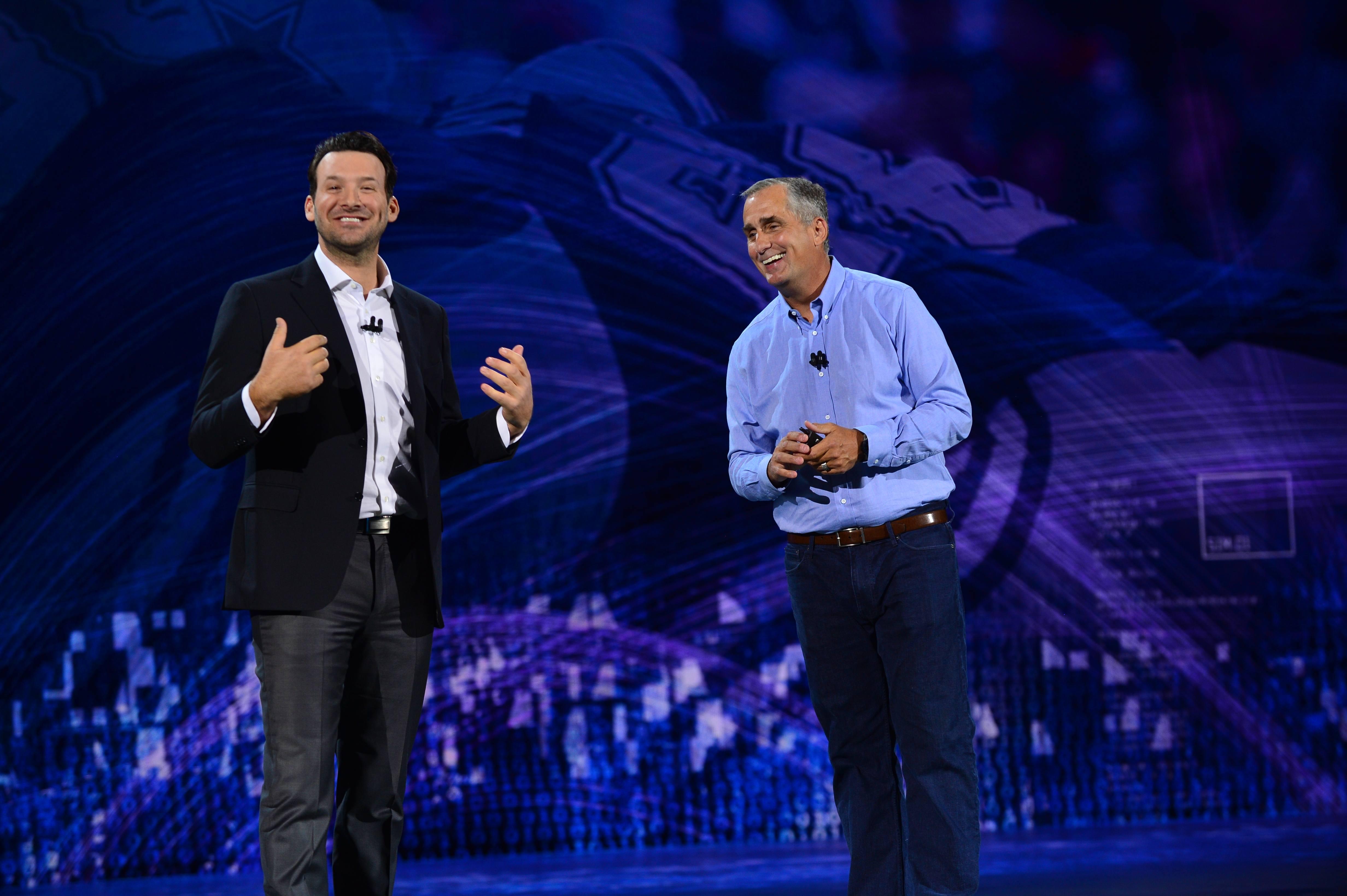 Intel-2018-CES-keynote-5