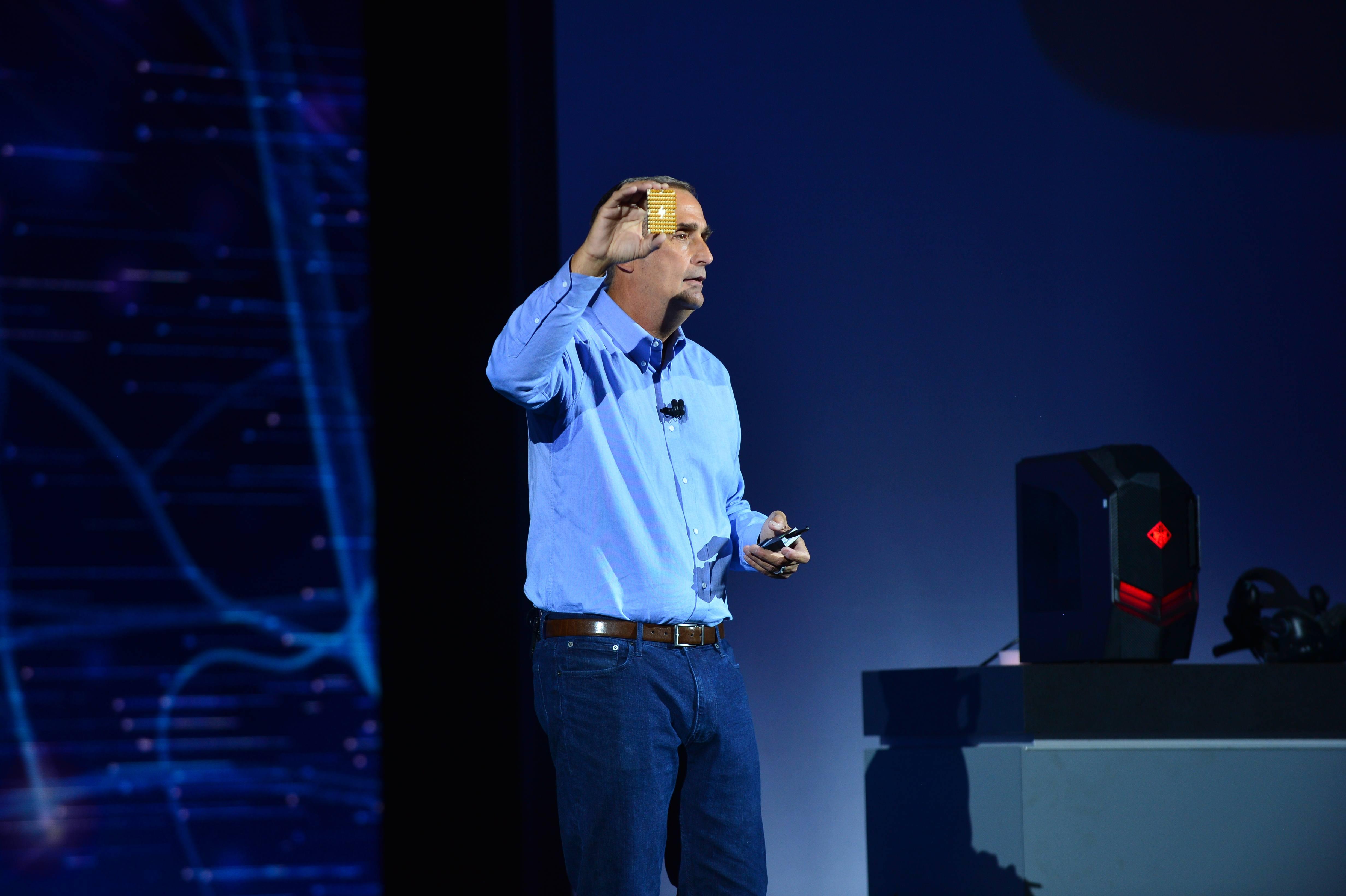 Intel-2018-CES-keynote-7