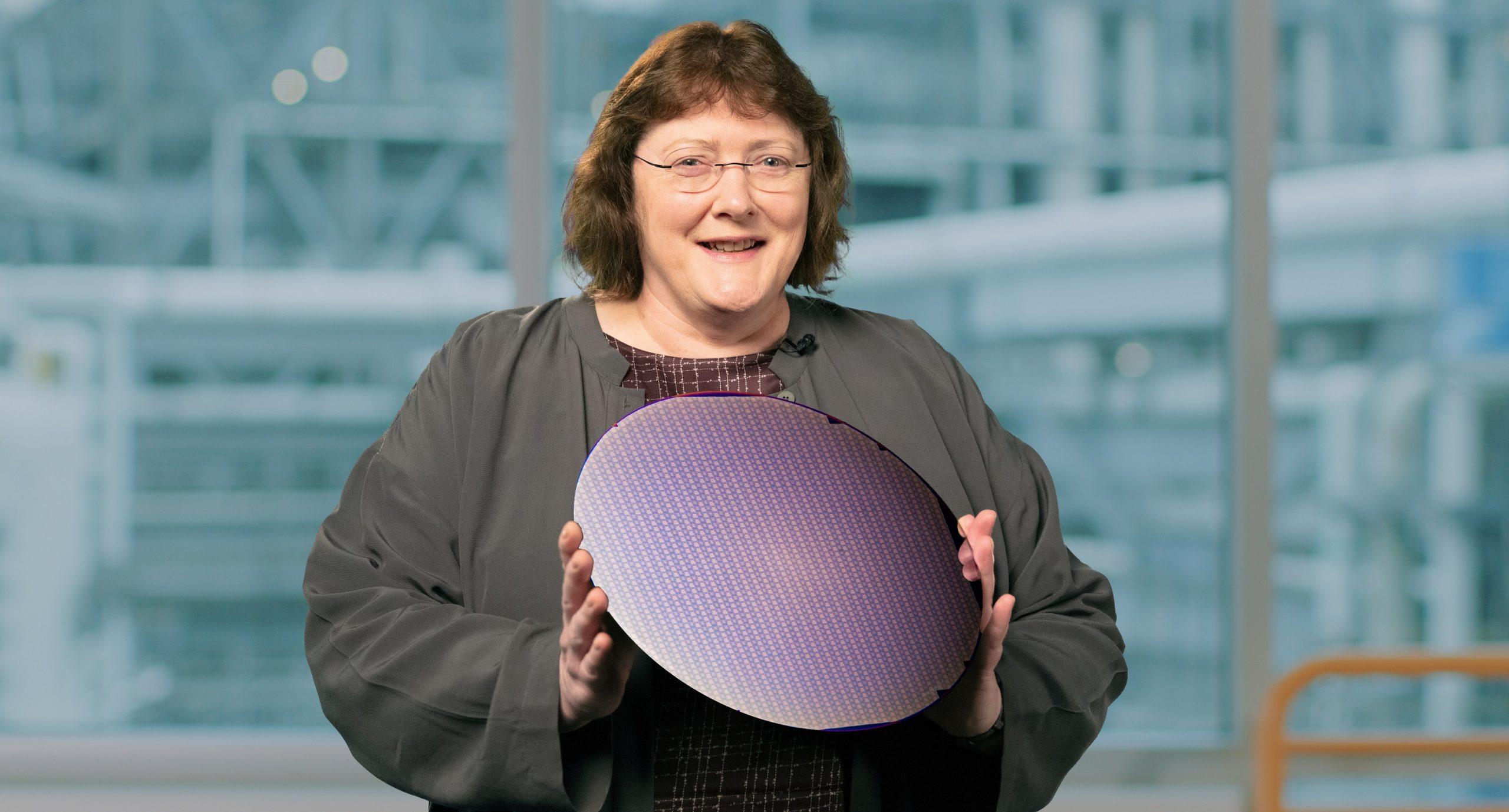 Intel-Accelerated-Ann-Kelleher-2