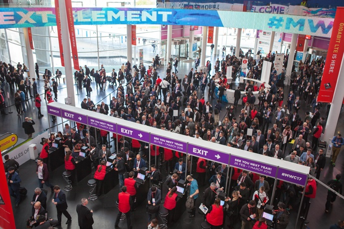 2017-mwc-day-1-9