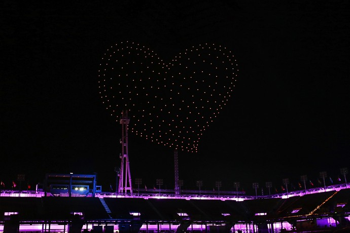 Intel Shooting Star drones form to create a heart in the sky as