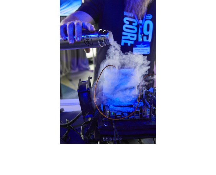 "Professional overclocker Joe ""Steponz"" Stepongzi uses liquid"