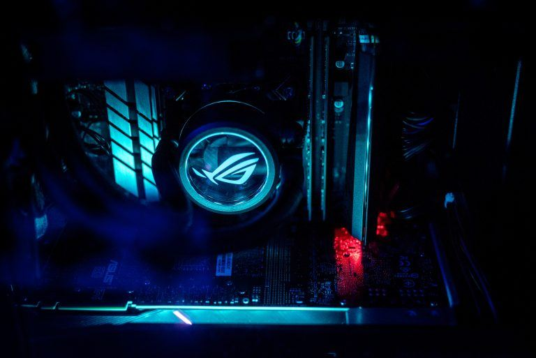 The 9th Gen Intel Core i9-9900K desktop systems. (Credit: Intel Corporation)