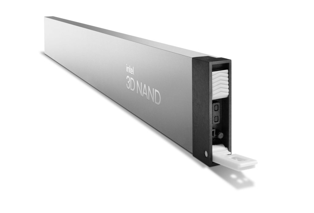Intel-SSD-D5-P5316-1