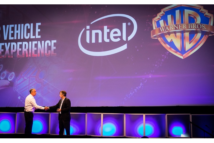 Intel Corporation CEO Brian Krzanich (left) and Thomas Gewecke,