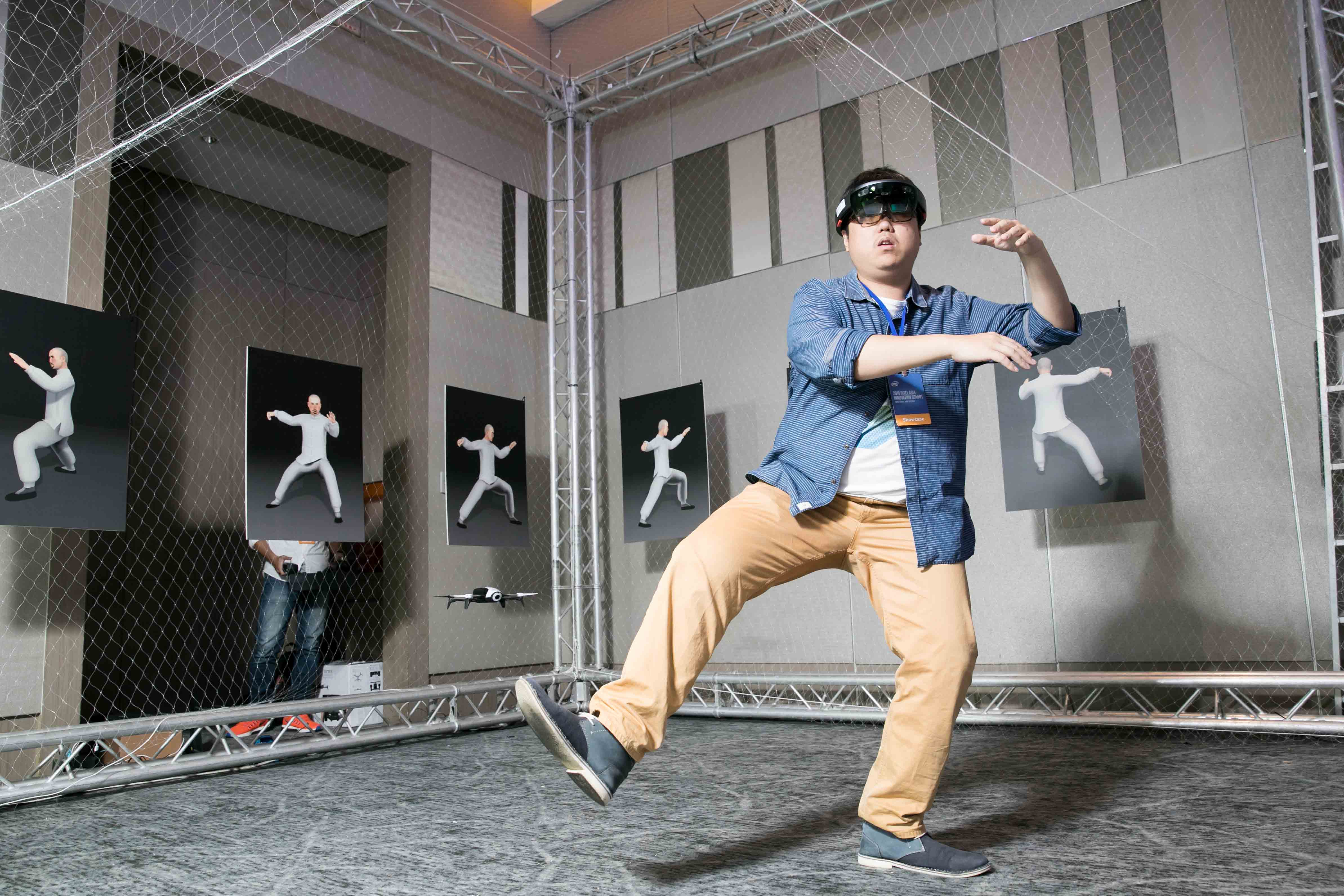 Intel News Photo_8_Augmented-Learning of Tai-Chi