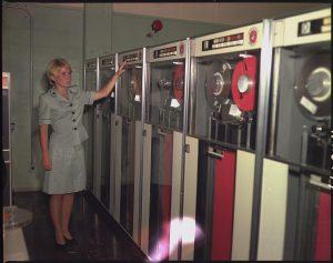 Tape drive IBM 729 computers