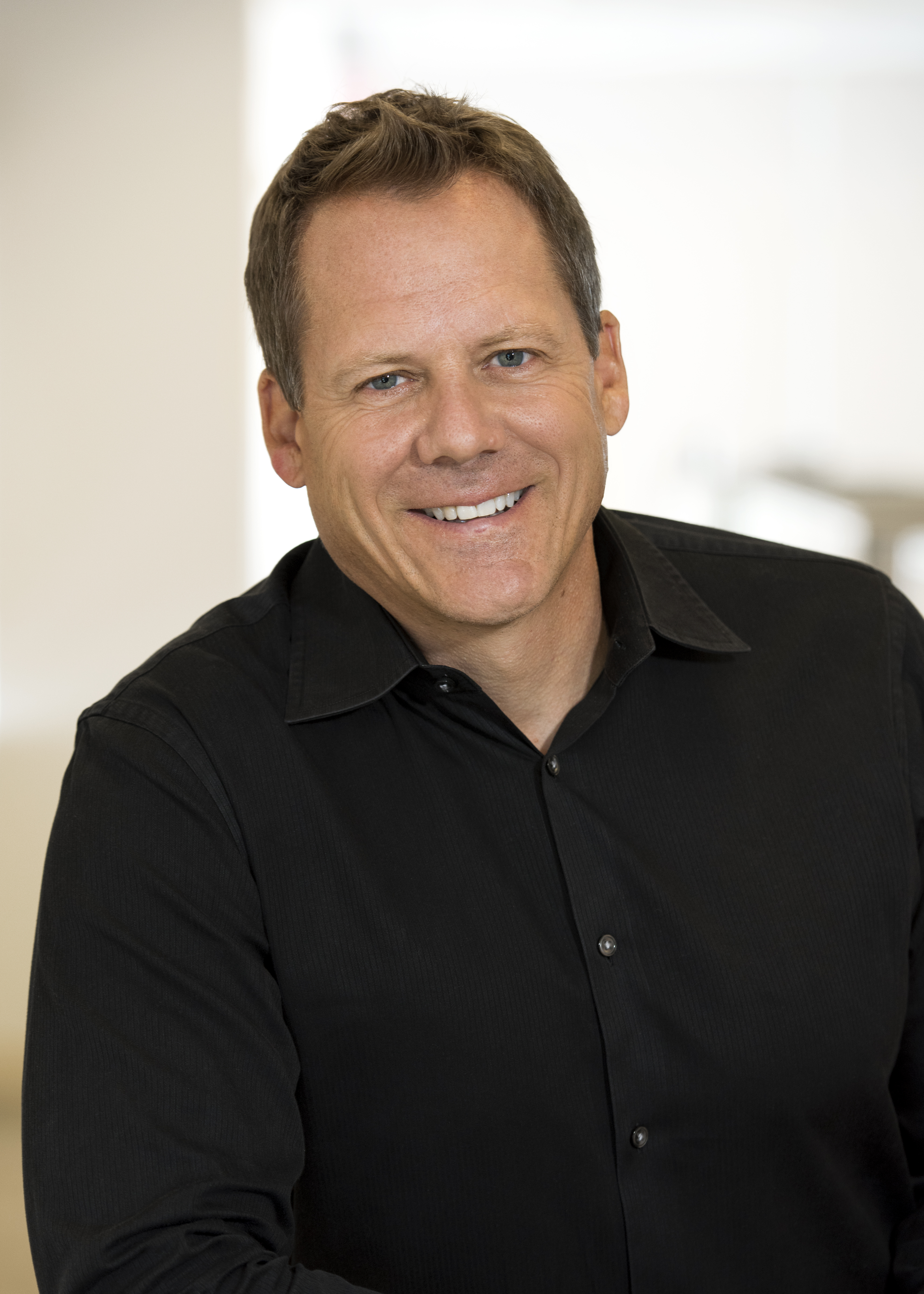 Douglas (Doug) W. Fisher | Intel Newsroom