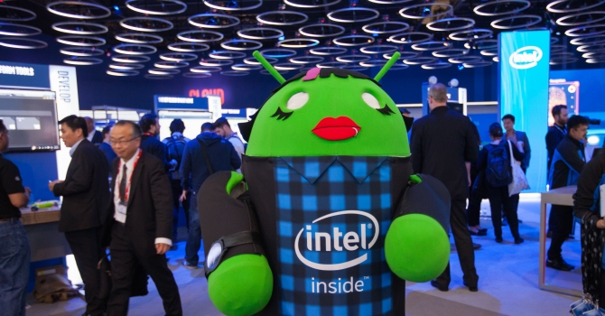 MWC-Intel-displays-7