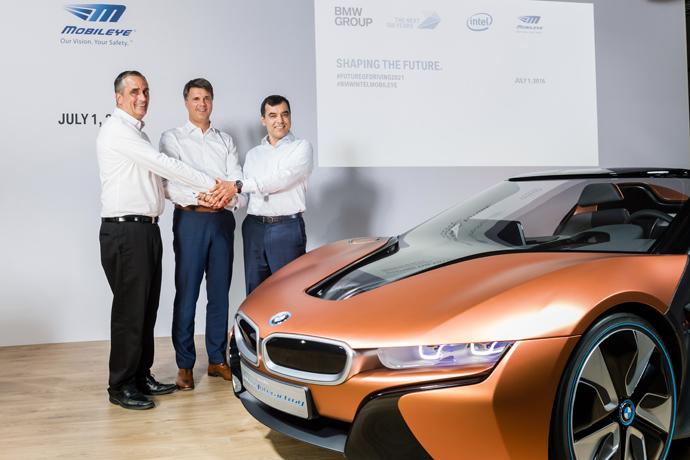 Intel CEO Brian Krzanich (from left), Chairman of the Board of M