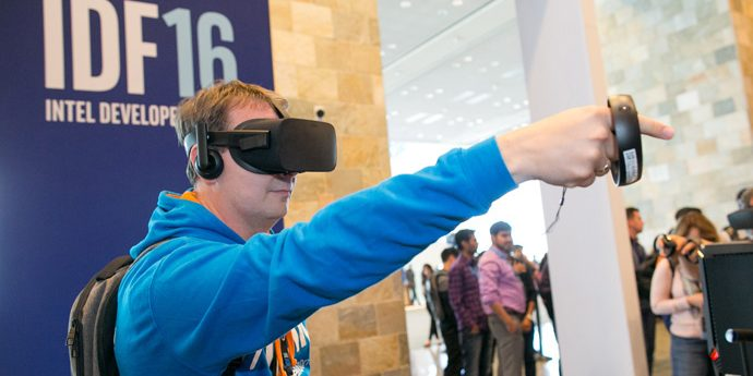 Christian Jaenicke plays the virtual reality game Dead & Buried at the 2016 Intel Developer Forum in San Francisco on Tuesday, Aug. 16, 2016. (Credit: Intel Corporation)