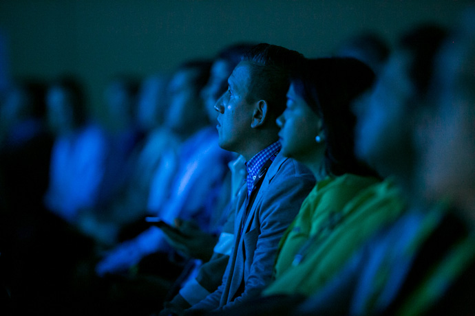 Intel Developer Forum participants watch as Murthy Renduchintala, president of Intel's Client and Internet of Things (IoT) Businesses and Systems Architecture Group, speaks at the event in San Francisco on Wednesday, Aug. 17, 2016. During his keynote, Renduchintala discussed the innovations that drive the next revolution in technology as we shift to a truly connected world. (Credit: Intel Corporation)