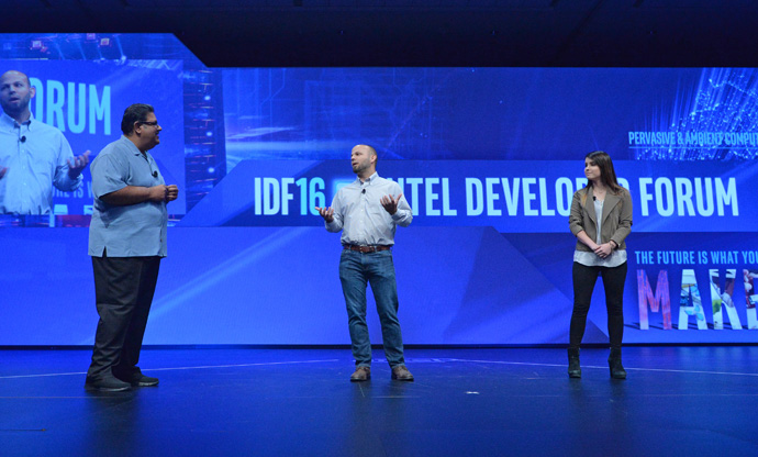 Murthy Renduchintala, president of Intel's Client and Internet of Things (IoT) Businesses and Systems Architecture Group, introduces Jonathan Shipman, executive vice president at Twitch, and Sonja Reid, of OMGitsfirefoxx, at the 2016 Intel Developer Forum in San Francisco on Wednesday, Aug. 17, 2016. During his keynote, Renduchintala spoke with Shipman and Reid about their needs for greater computing power in the livestreaming and gaming. (Credit: Intel Corporation)