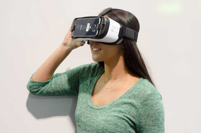 NYFW Gear VR headset